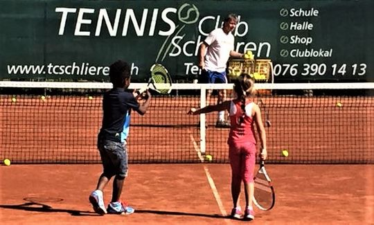 Tennis lessons – Schlieren Tennis School